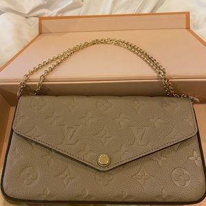 Lv hand bang with double flap inside!